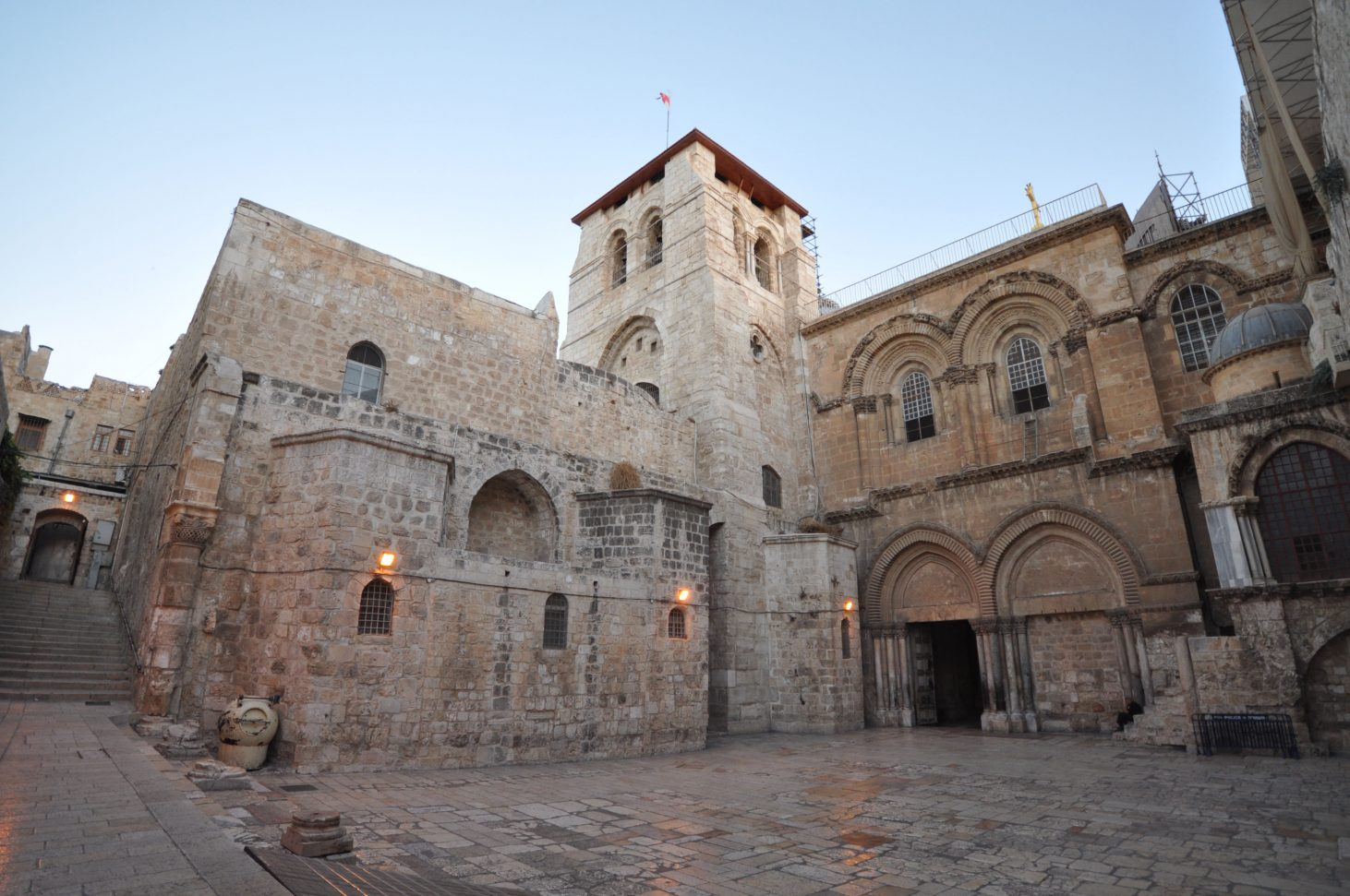 the_church_of_the_holy_sepulchre