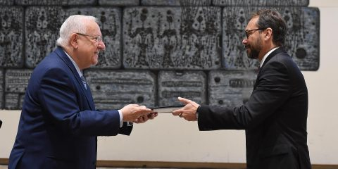 reuven_rivlin_receives_the_credential_of_the_new_ambassador_from_the_european_union_october_2017_3536