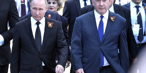 putin-netanyahu-moscow_victory_day_parade_09-05-2018